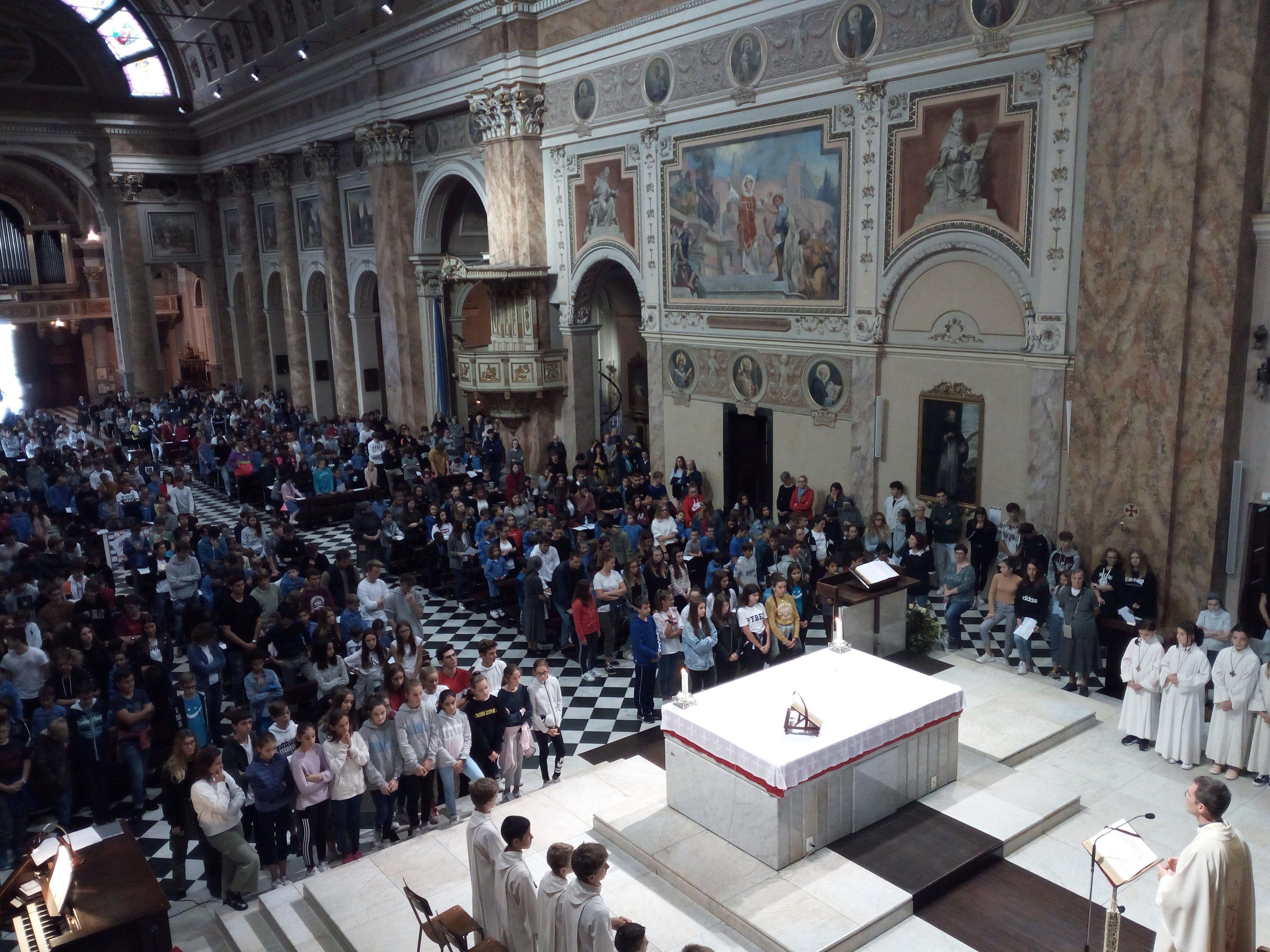 Celebrazione eucaristica (1)